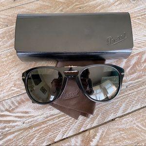 Persol Foldable Polarized Men's Sunglasses 😎